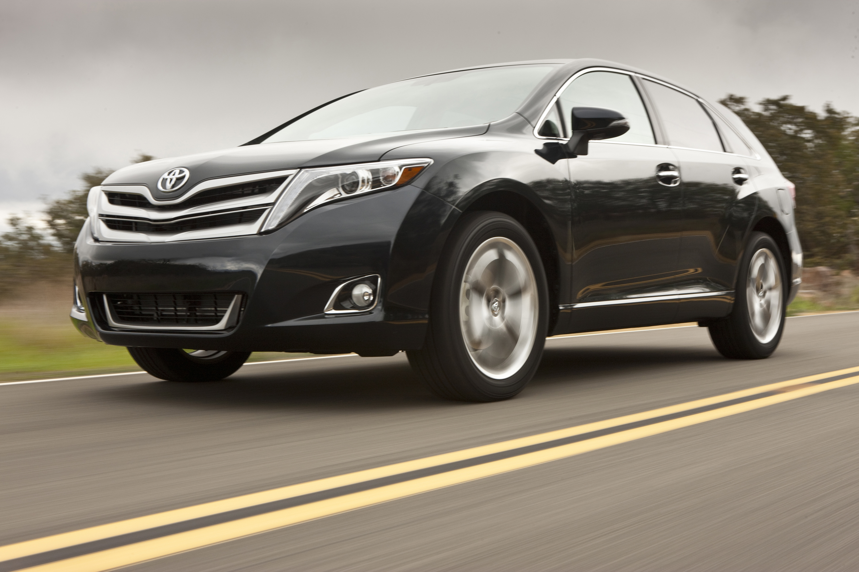 toyota canada series s pioneers best review leasebusters lease venza takeover