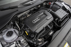 2016-Audi-TT-Coupe-engine