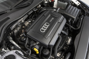 2016-Audi-TT-Roadster-engine