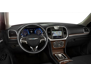 2016_chrysler_300_c-platinum_dash